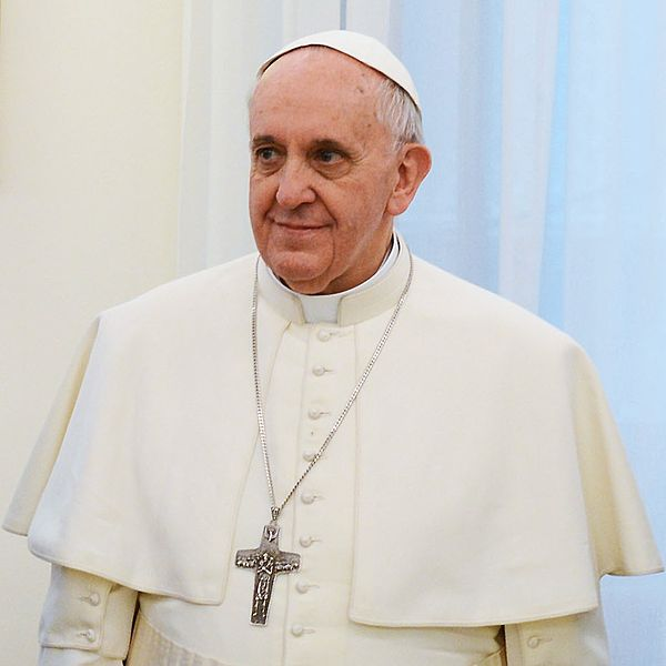 http://www.accuracy.org/wp-content/uploads/2013/09/Pope_Francis.jpg