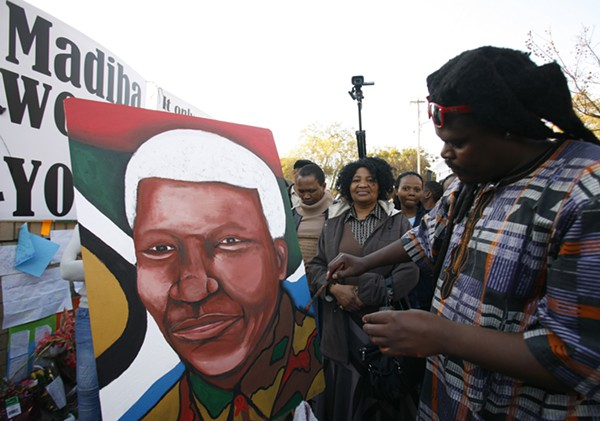http://www.accuracy.org/wp-content/uploads/2013/12/South_Africa_Mandela_Cong_1_.jpg